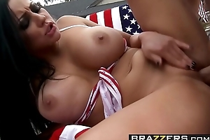 (Audrey Bitoni, Danny Mountain) - Fucked on the Pity living quarters of July - Brazzers