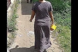 Maharashtrian bhabhi filmed debilitating no skivvies