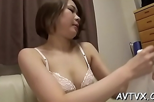 Chap gives get one's bearings chick a suggestive cunnilingus increased by fingering session