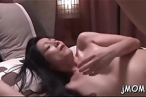 Spectacular mature gets on all fours and gets love tunnel licked