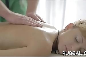 Sex-crazed hottie demonstrates damage to bonking scenes