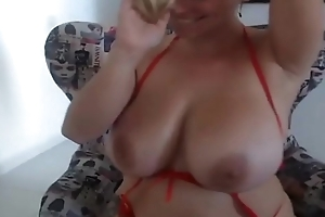Bouncing boobs