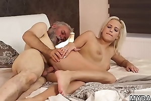 Teen slut d and real mom playmate'_ crony handjob Slowly she embarked
