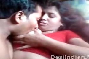 Desi aunty bra buddies stopped nipp sucked